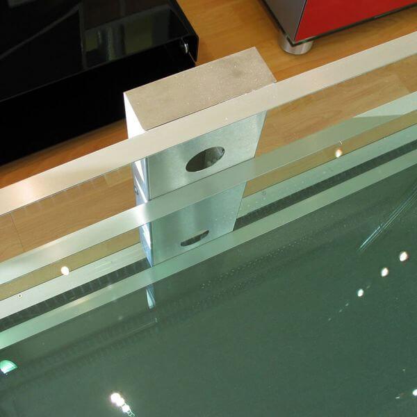 Glass Concept Kabelkanal Handgefertigt für Glass Concept Möbel