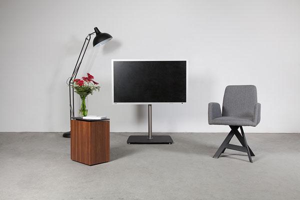 Wissmann_139-3-TV-stand_2-3